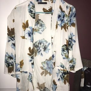 HOUSE OF HARLOW FLORAL LONG SLEEVE BLAZER